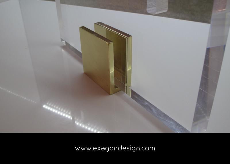 Versace-Plexiglass-Clip-CloseUp