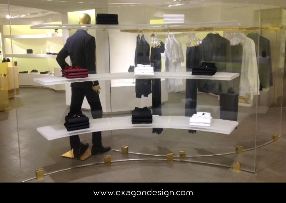 Versace-Tblisi-shop-flying-wardrobe-plexiglas-and-brass-exagon-design_10