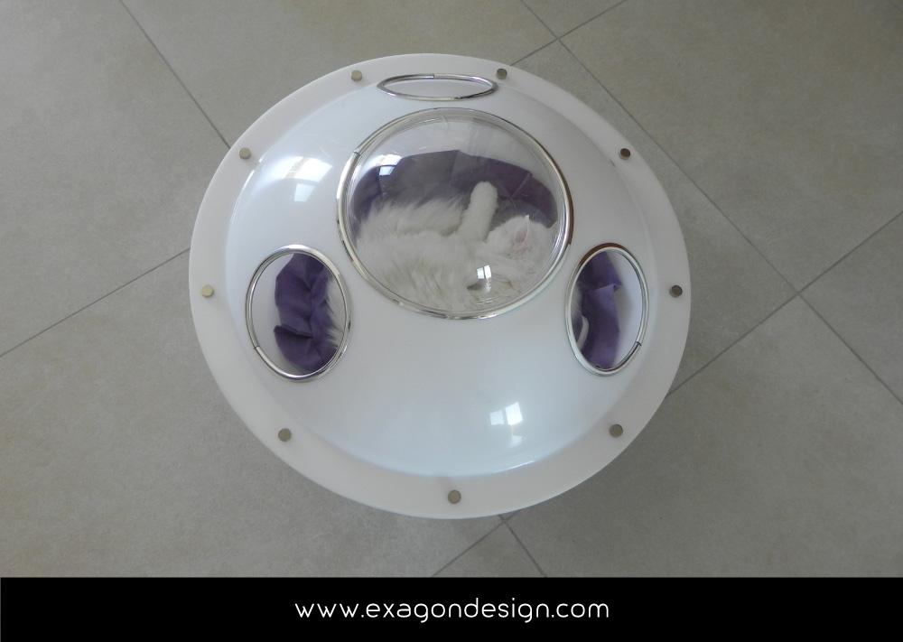 Pet-Design-cuccia-per-gatti-ufo-exagon-design_07