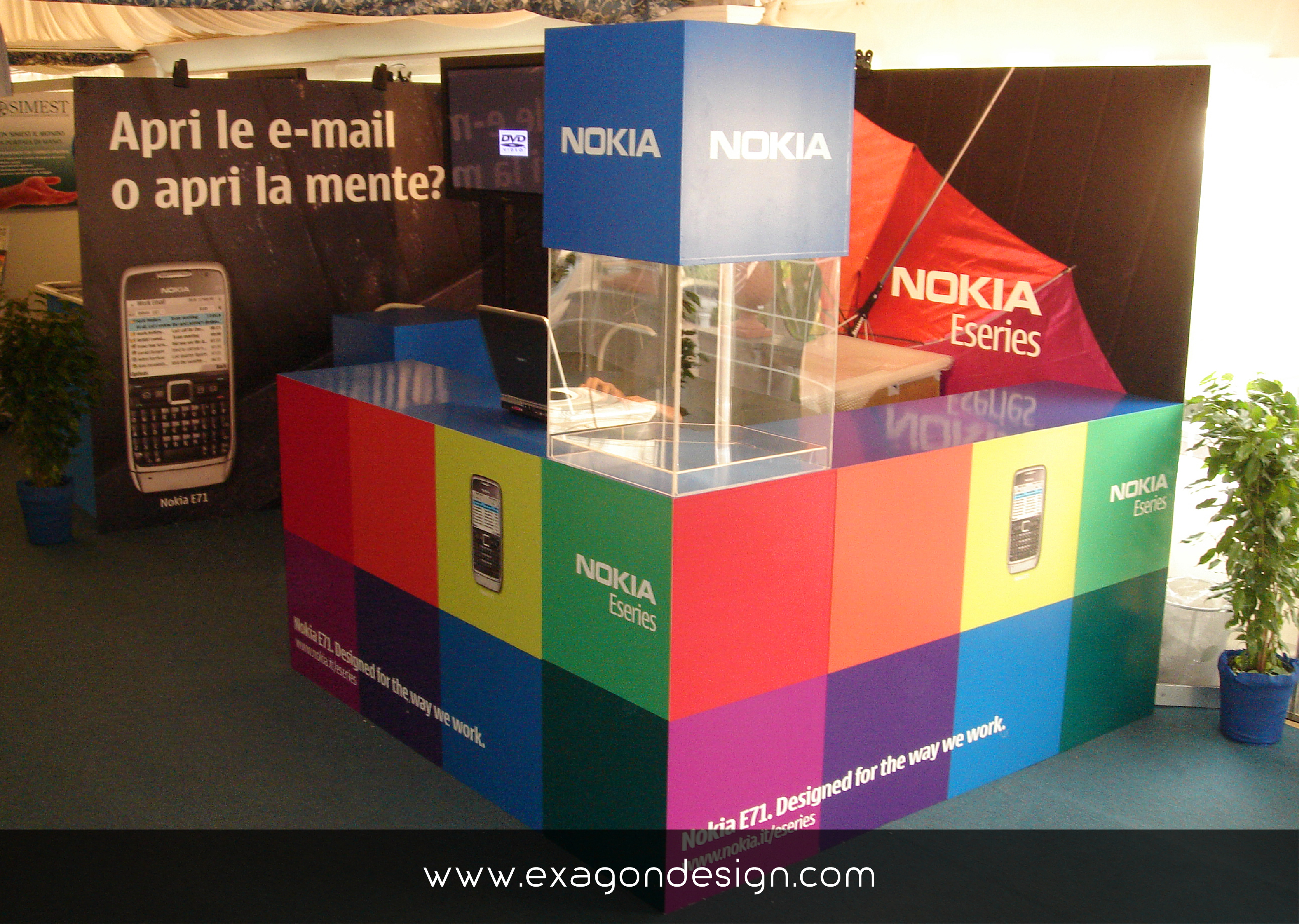 Stand Nokia Color Exagon Design