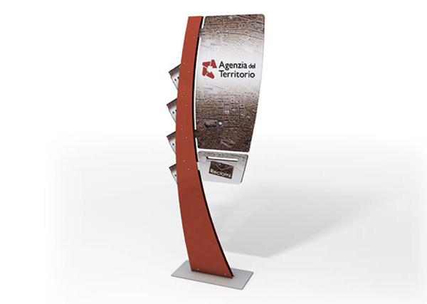 Totem_Da_Terra_Display_Agenzia_del_Territorio_Exagon_Design-00-01
