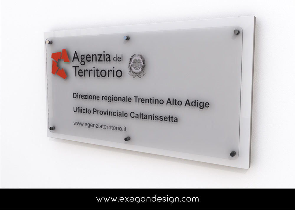 Totem_Da_Terra_Display_Agenzia_del_Territorio_Exagon_Design-04-01