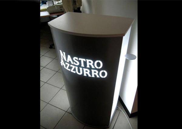 Desk_promozionale_NastroAzzurro_exagon_design_01